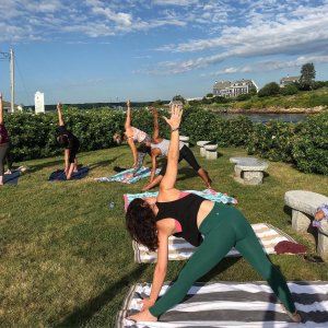 maine-yoga-retreats-yoga-20190902_2196