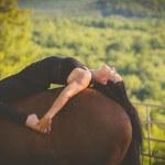yoga-horses-20150818-001